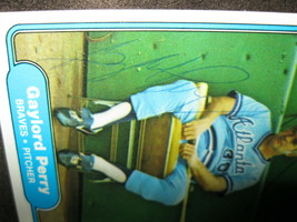 GAYLORD PERRY AUTOGRAPHED 1982 FLEER BASEBALL TRADING CARD WITH COA-BRAVES PITCH image 2