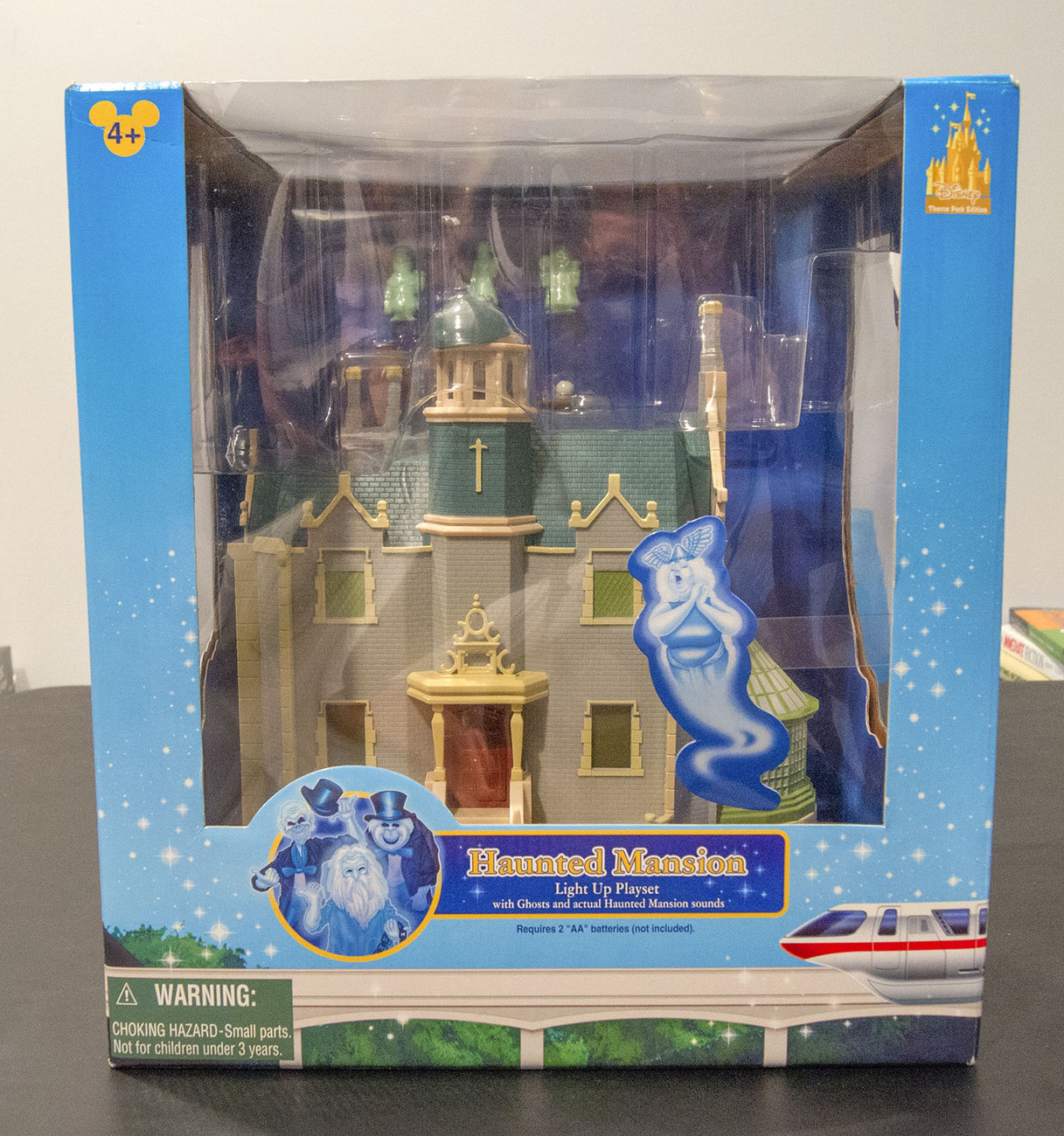 Disney's Haunted Mansion Light Up Playset (Toys)