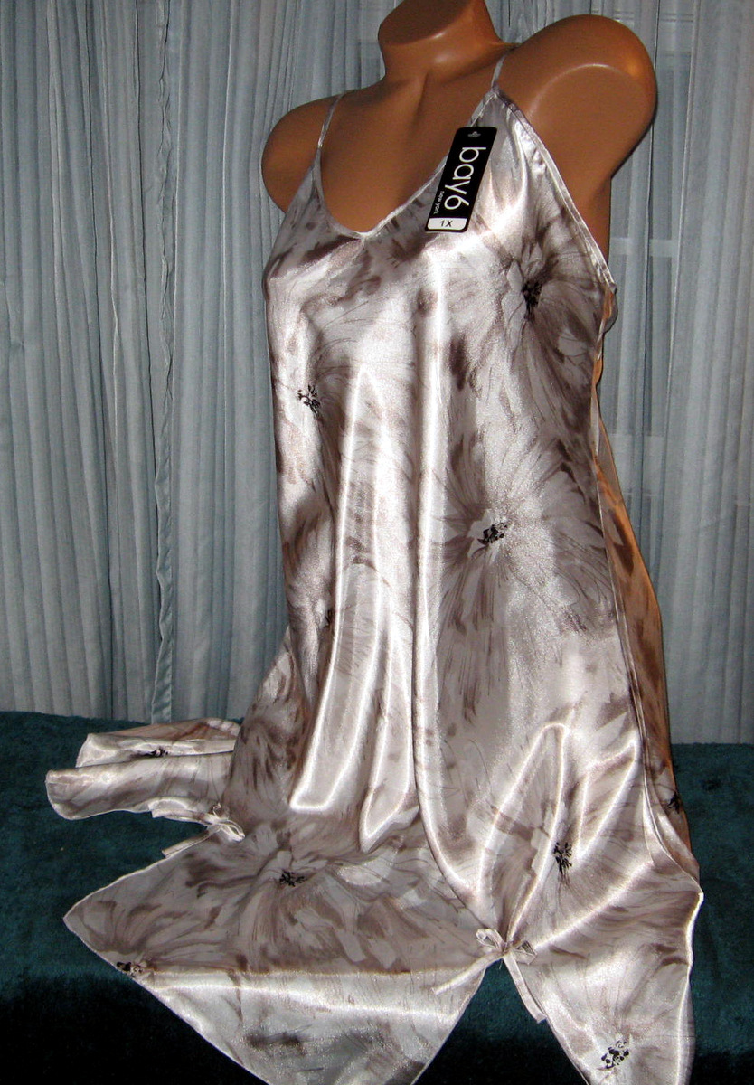 White Taupe Floral Chemise Short Gown 1X 2X Plus Size Adjustable straps