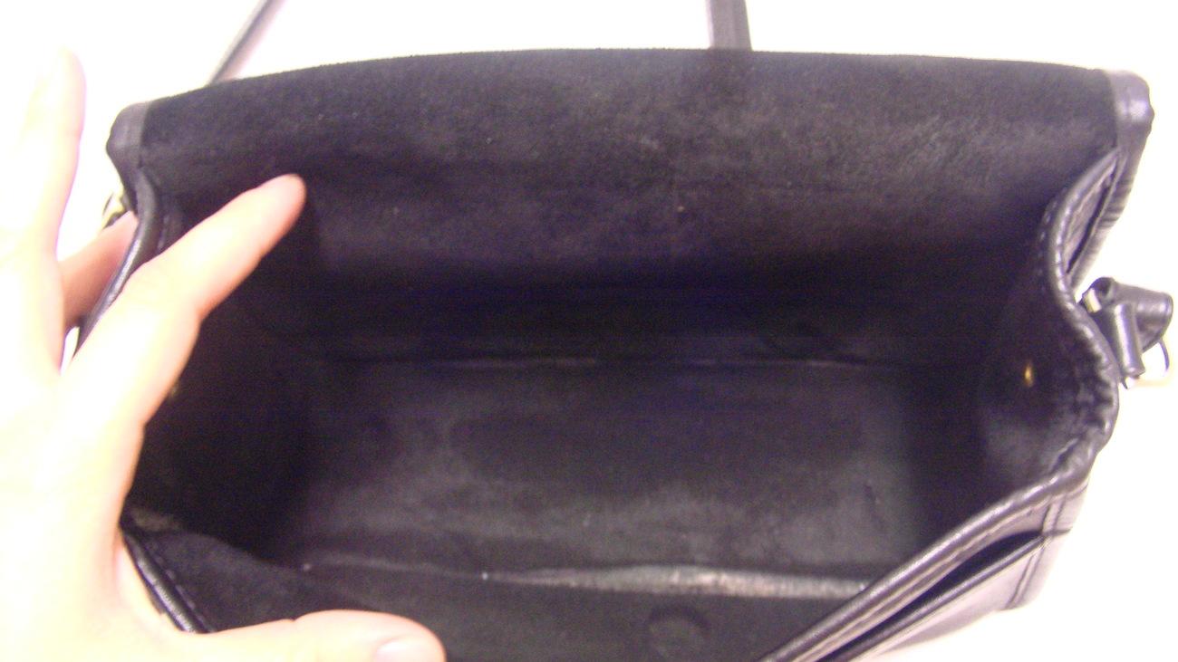 Medium Zippi Handcrafted Black Cross Body Over Shoulder Leather Bag. Made in USA