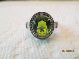 PERIDOT RING, RICH GREEN COLOR, SIZE 9, NEW. - £7.41 GBP