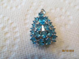 . SWISS BLUE TOPAZ PENDENT (NEW AND STUNNING) - £11.11 GBP