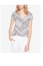 Sanctuary Womens City Mix Layered Look T Shirt Light Dune/Black Small $5... - €8,80 EUR
