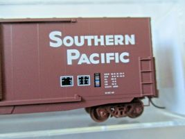 Micro-Trains # 18000171 Southern Pacific 50' Standard Boxcar N-Scale image 3