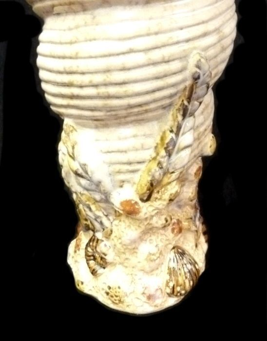 Vintage Rare Marked Tan Nautical Seashell Coral Kelp Decorative Flower Vase