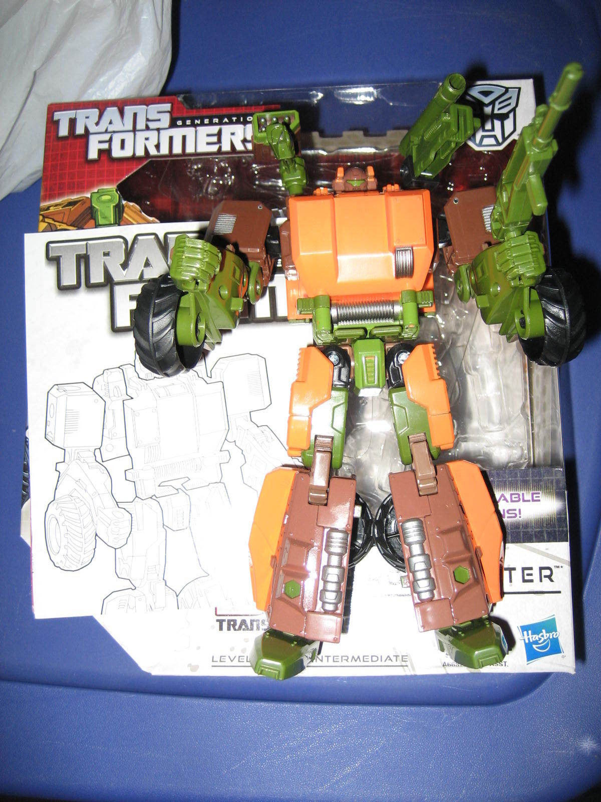 Transformers Generations Voyager Class Roadbuster Autobot