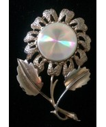 Vintage JEWELARAMA Refraction Disc Flower BROOCH Pin Goldtone - $9.74