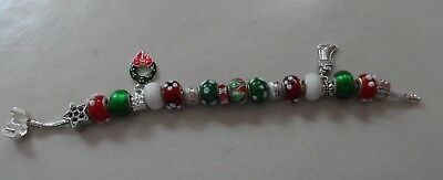 European style red, green and white bead bracelet Christmas holiday theme image 3