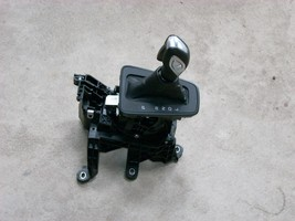 2015 FORD FOCUS AUTOMATIC FLOOR GEAR SHIFTER ASSEMBLY GENUINE OEM image 2