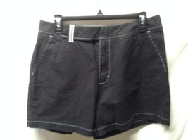 "LEE Khakis BLACK SHORTS SZ 14 MISSES WOMENS 31"" WAIST CUTE - $6.10"