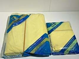 Danville No Iron Sheets Double Fitted Flat 2 Pillowcases Lot NOS Yellow - $18.69