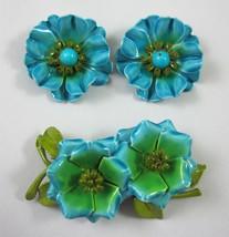 Blue Enamel Cluster Flower Pin Brooch and Clip On Earrings Set Vintage 1... - $32.99