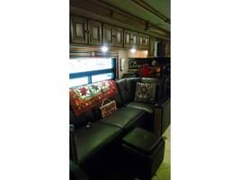 2014 WINNEBAGO ELLIPSE 42QD For Sale In Stevensville, MT 59870 image 9