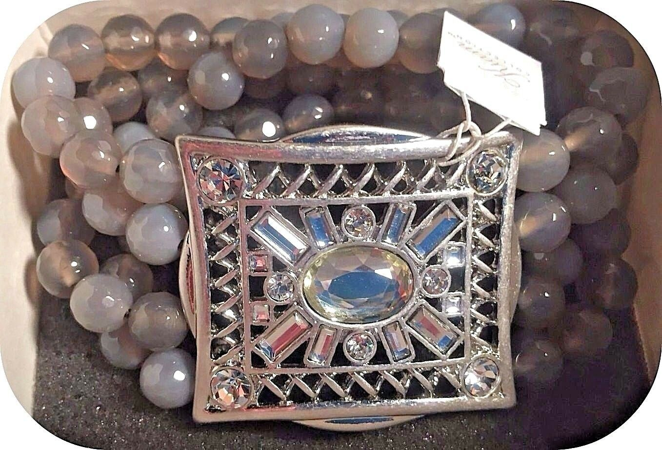Stunning Lia Sophia SECRET WINDOW stretch bracelet rhinestone & gray agate beads - $45.00