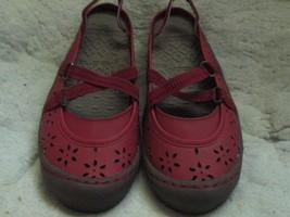 Muk Luks Erin Women's Sandals - Brick Red - size 6 Brand New - $15.50