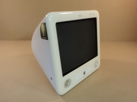 Apple eMac 700MHz 17in PowerPC G4 PowerMac White 40GB Hard Drive EMC 190... - $74.70