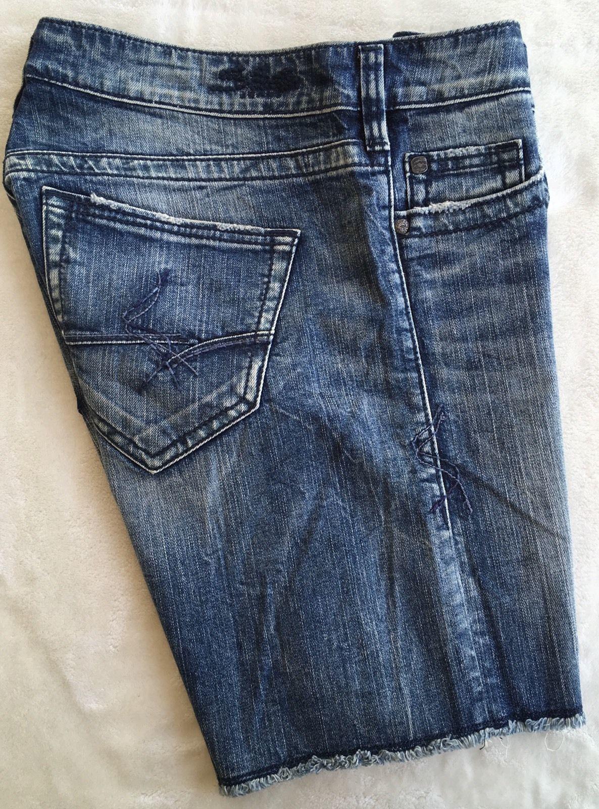 New SILVER Jeans Sale Mid Rise Sammy Boyfriend Denim Stretch Jean Mid Shorts 28