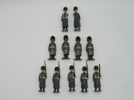 Britains Ltd Toy Soldiers Lead Scots Guards & Greys VTG 1950s #439 Lot of 11 - $47.22