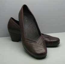 65f1aacfc15 Clarks Artisan SHOES Brown Leather Woman  39 s 10 M 2 quot  Heel Beautiful