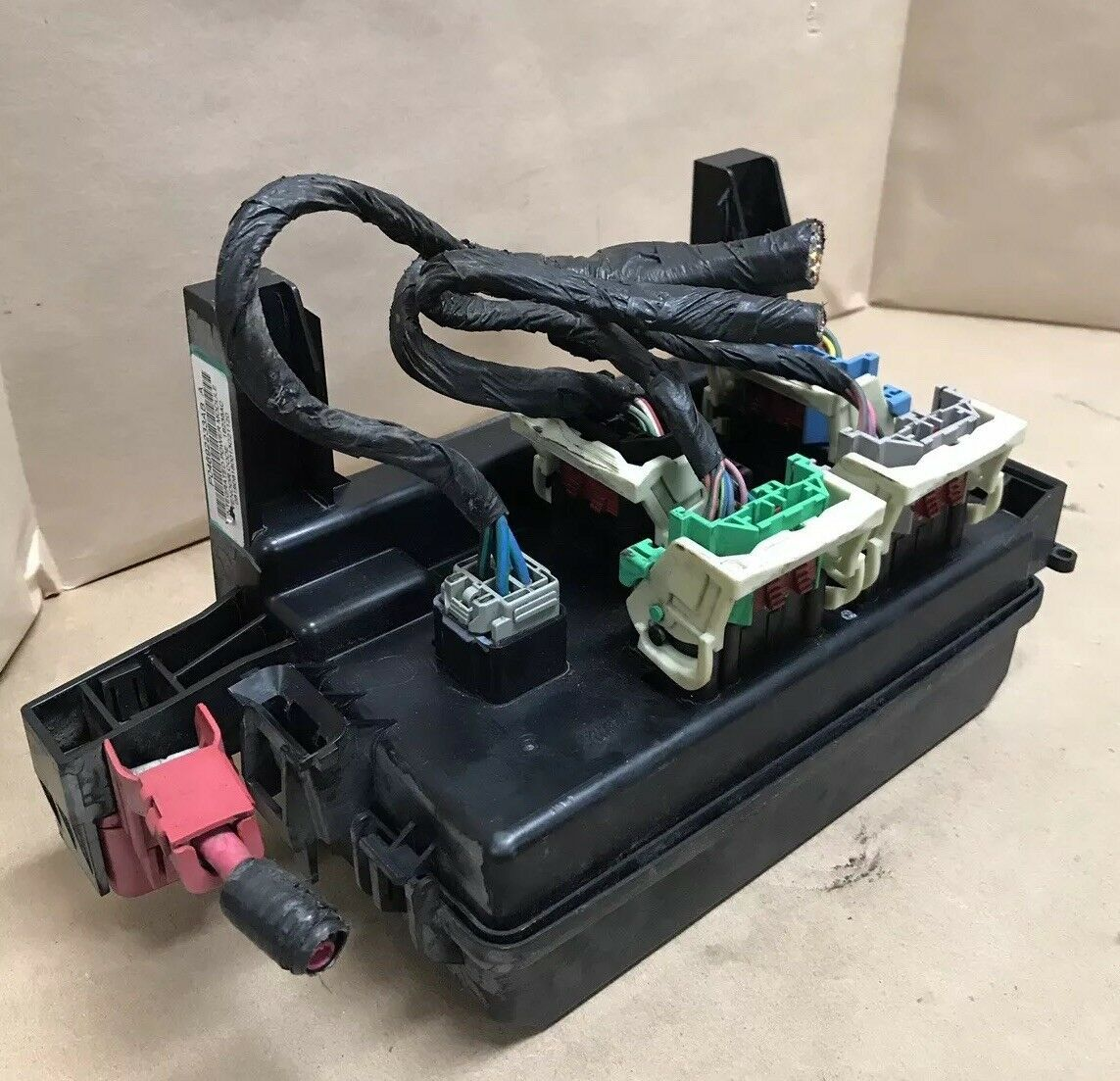 2007 Chrysler 300 Integrated Power Fuse Box Module