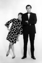 The Carol Burnett Show Robert Goulet 18x24 Poster - $23.99