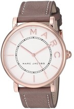 Marc Jacobs Women's MJ1533 Brown Leather Watch - $117.73