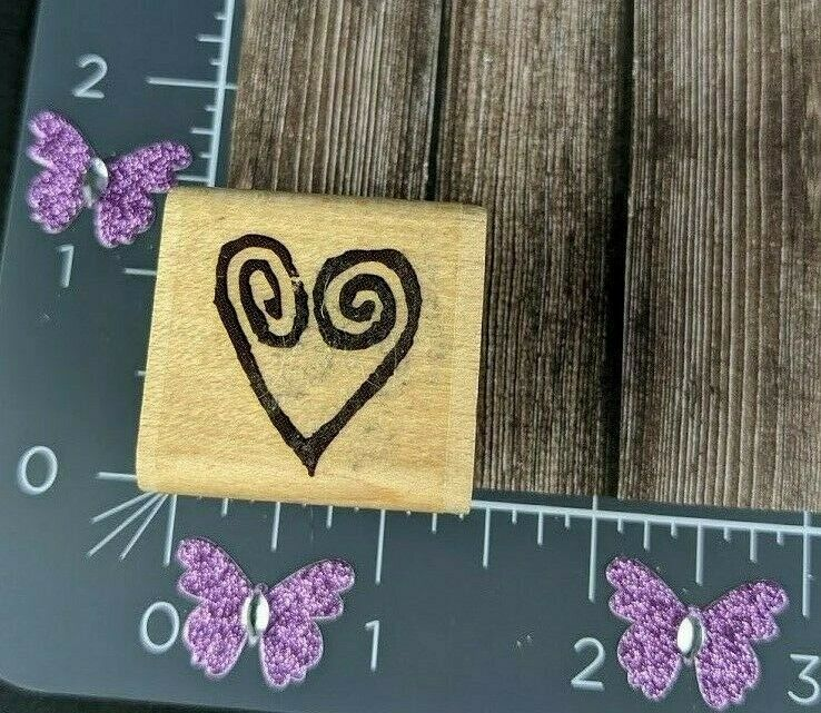 Rubber Stampede Swirled Heart Shape Design Outline Rubber Stamp Wood #A59 - $6.92