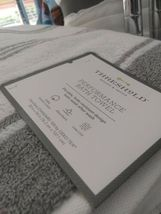 "Threshold Performance Bath Towel Classic Grey Cotton 30"" x 54""  NEW WITH TAGS image 4"