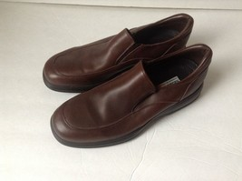 Sebago Brown Leather Loafers 9.5 N - $34.10 CAD