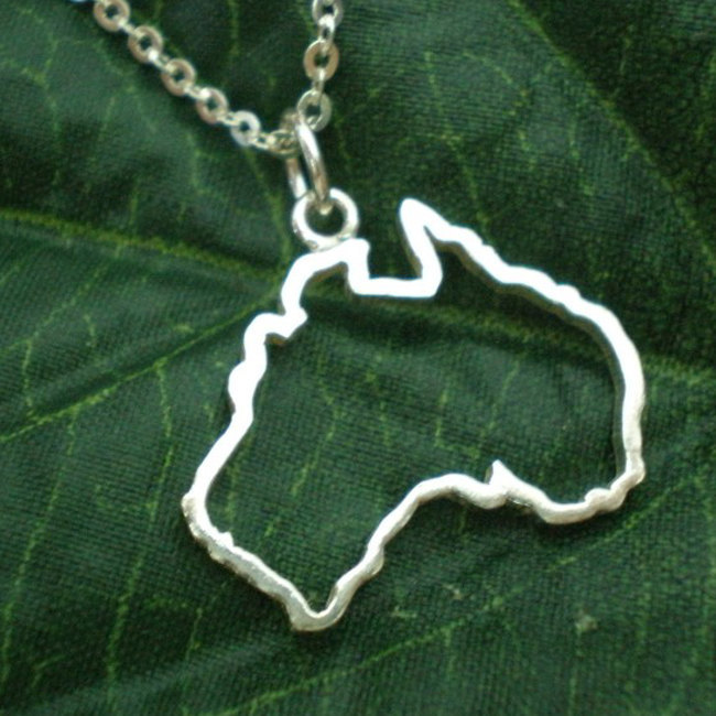 Silver Outline Australia Map Necklace - Sydney, Melbourne, Perth, Brisbane, Tasm
