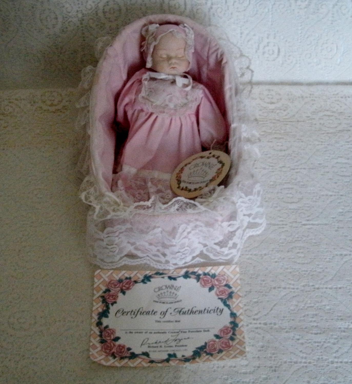 Crown Fine Porcelain Musical Doll Vintage Collectable