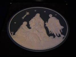 VILLEROY & BOCH Christmas plate-Adoration  of 3  Kings - $39.99