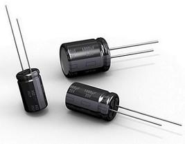 PACK OF 5 105C 18mm x 8mm 5 x 16V 820UF ALUMINIUM ELECTROLYTIC CAPACITOR