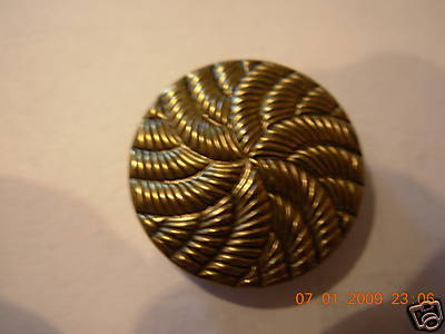 DESIGNER METAL SHANK COAT BUTTONS ANT. GOLD 7/8