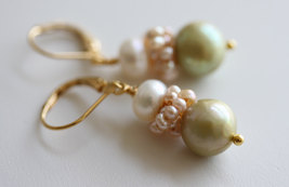 Pearl Earrings, Bridal Earrings , Bridal Jewelry ,Freshwater Pearl Earrings, Vin - $34.00