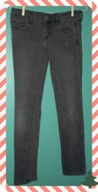 AMERICAN EAGLE SIZE 2 GRAY STRETCH JEANS FOR JUNIORS - $5.70