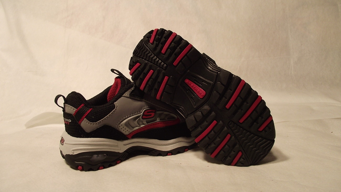 Skechers 6 Toddler shoes