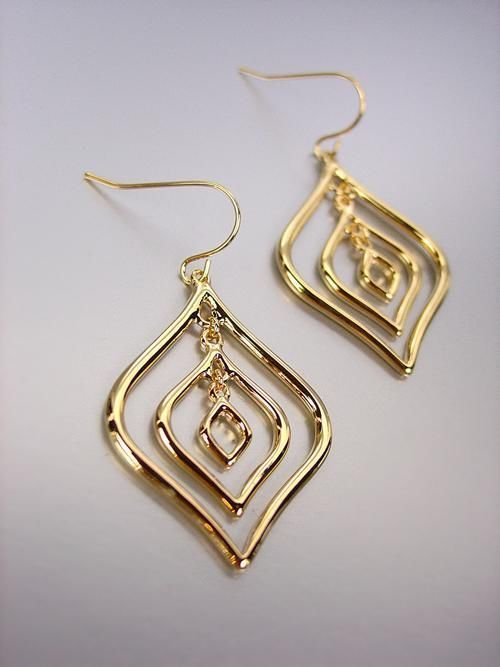 Primary image for CHIC & UNIQUE Gold Metal Tear Drops Dangle Earrings