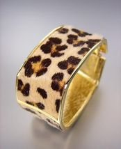 EXOTIC Rectangle Gold Metal Faux Leopard Fur Hinged Bangle Bracelet - €16,17 EUR