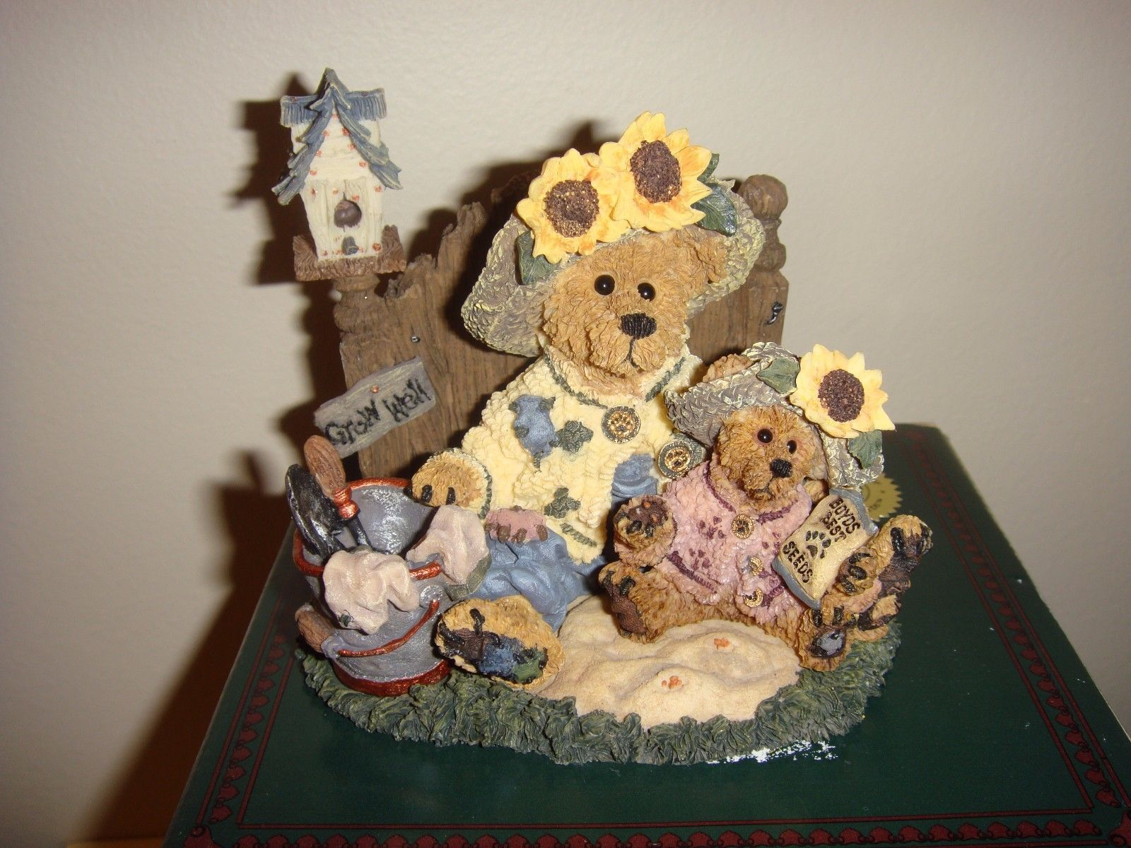 Boyds Bears Sunny And Sally Berriweather Plant With Hope