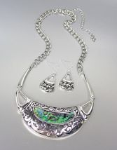 NATURAL Mother of Pearl Shell Inlay Antique Silver Filigree Metal Neckla... - $18.80