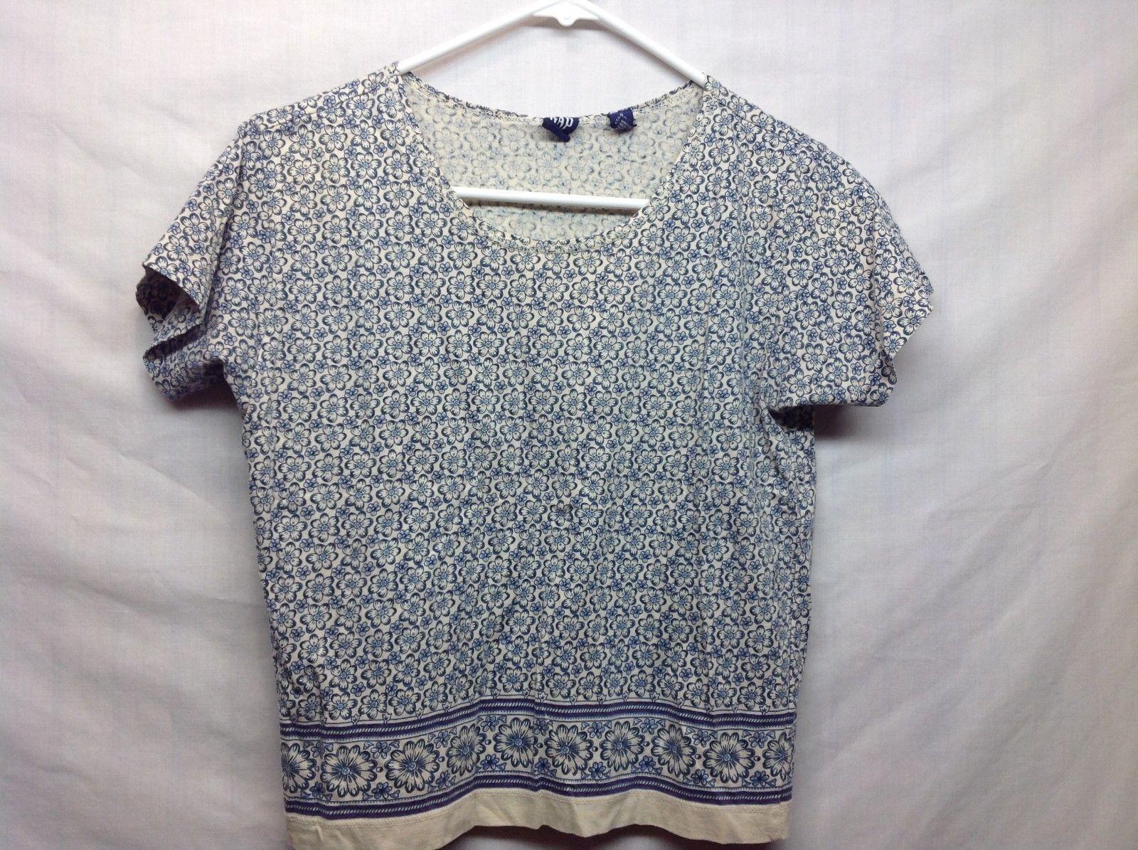 Ladies Cream w Blue Floral Print Scoop Neck Short Sleeve Shirt by GAP Sz S