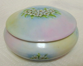 Laura Snead Porcelain Trinket Box Floral Design - $31.18