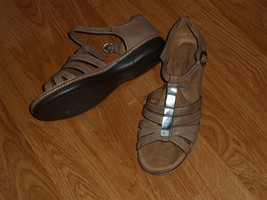 NATURALIZER NATURAL SOUL SANDALS SIZE 10M BROWN  NWT - $26.99