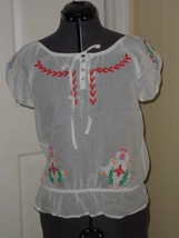 PASSPORT PEASANT BLOUSE TOP SHIRT SIZE M  WHITE EMBROIDERED NWT - $14.99