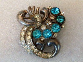 Vintage Abstract Bird Pin Brooch. Exotic Bird Brooch In Pot Metal. - $12.00