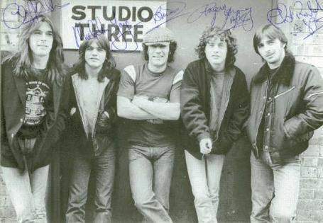 AC/DC GROUP BAND SIGNED AUTOGRAPHED 6x9 RP PROMO PHOTO