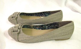 Report Women's Linx Gray Chain Trim Flats Slip Ons Size: 8