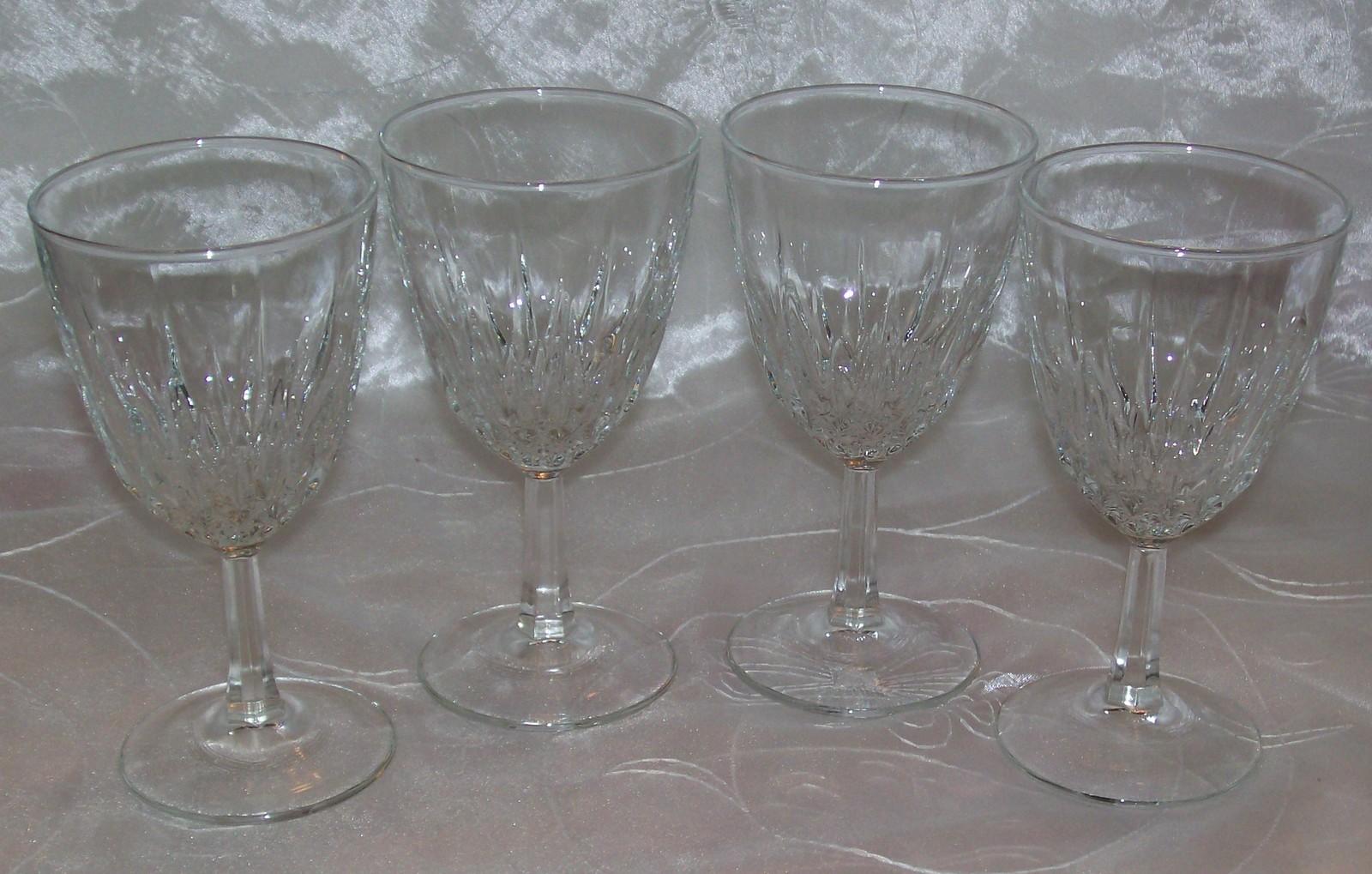 cristal d 39 arques stemware crystal diamant wine glasses set 4 5 tall france j g durand. Black Bedroom Furniture Sets. Home Design Ideas