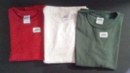 Boys/ T Shirts Cotton /Set Of 3 / Lg /Nwt/Youth Tees/ Gildan /Green / Red /White - £11.27 GBP